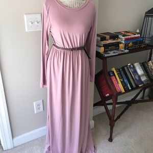 Pink blush maternity maxi dress.  Size large.